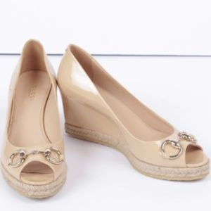 Gucci Nude Patent Leather Horse Bit Peep Toe Wedge